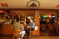 Aces Bar and Bistro - Pubs Perth