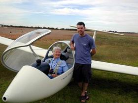 Waikerie Gliding Club - Pubs Perth