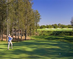 Hunter Valley Golf and Country Club - Pubs Perth