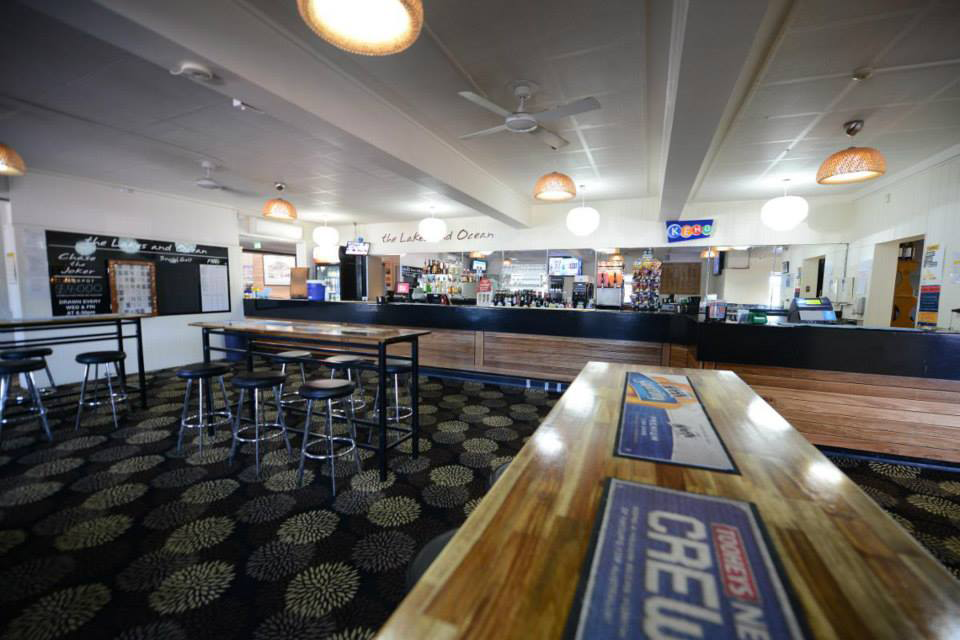 Lakes  Ocean Hotel - Pubs Perth