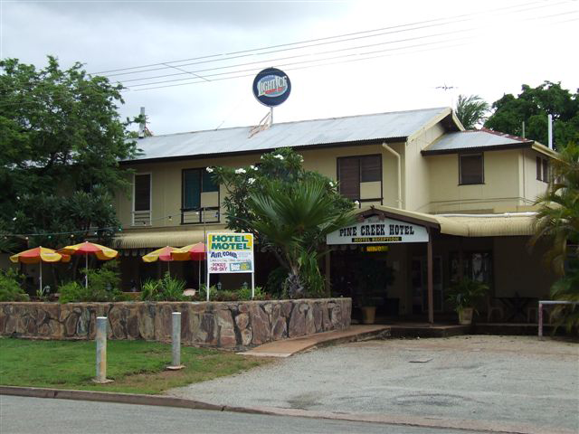Pine Creek Hotel/Motel - Pubs Perth