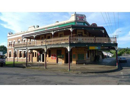 Bank Hotel Dungog - Pubs Perth