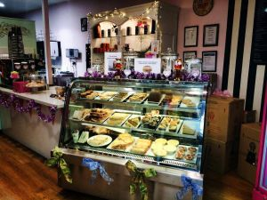 Zoe's Sweet Boutique Cafe - Pubs Perth