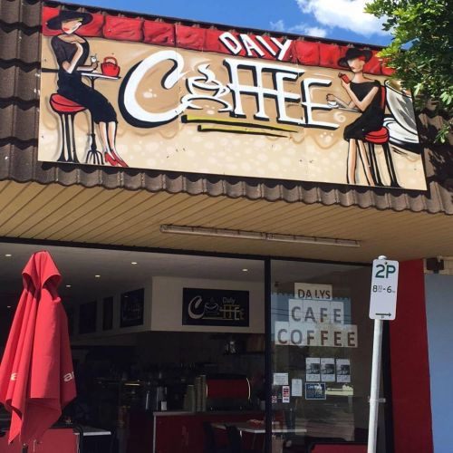 Daly Coffee Den - Pubs Perth