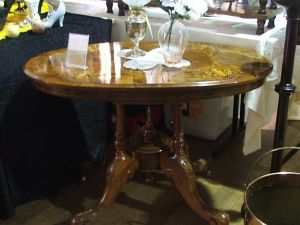 Berry Antiques and Collectables Fair - Pubs Perth