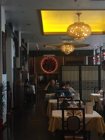 Dragon Castle Chinese Restaurant - Pubs Perth