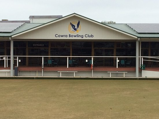 Cowra Bowling and Recreation Club Limited - Pubs Perth