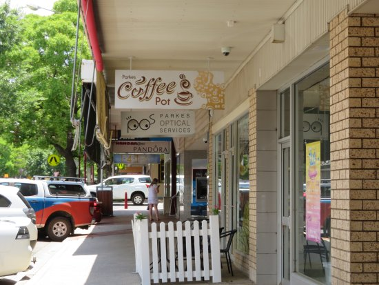 Parkes Coffee Pot - Pubs Perth