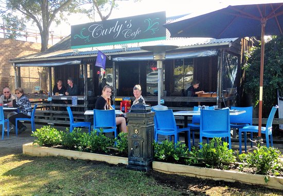 Curly's Cafe - Pubs Perth