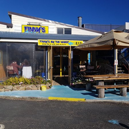 Finny's By The Wharf - Pubs Perth
