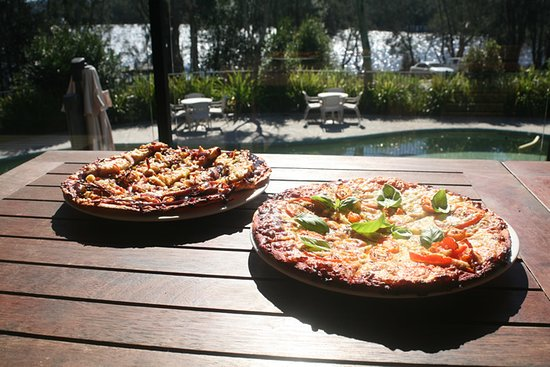 Barefoot Cafe  Pizza - Pubs Perth