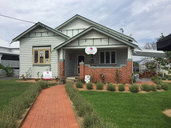 The Crepe Myrtle Tea and Coffee Rooms - Pubs Perth