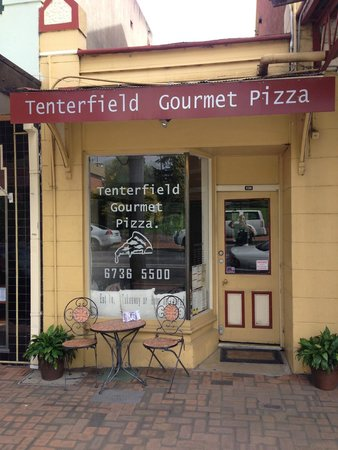 Tenterfield Gourmet Pizza - Pubs Perth