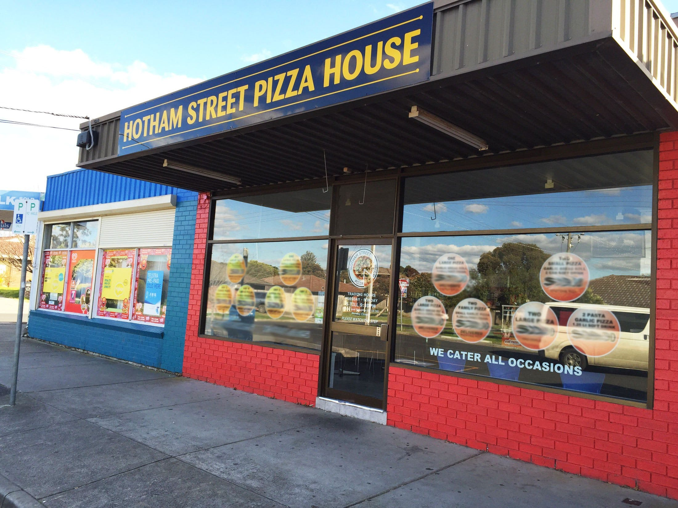Hotham Street Pizza House - Pubs Perth