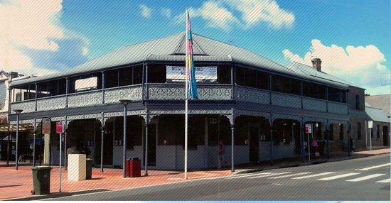 The New England Hotel - Pubs Perth