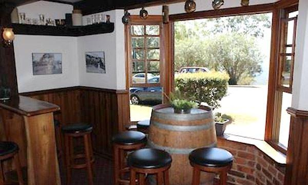 Montville Cafe Bar and Grill - Pubs Perth