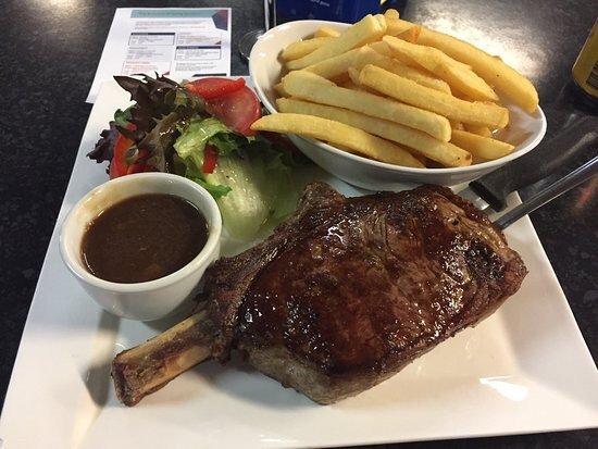 Sporties Steak  Grill - Pubs Perth