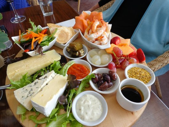 Fairbrossen Winery & Cafe - Pubs Perth