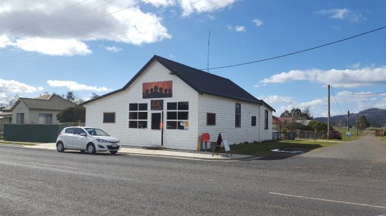 Legerwood Kitchen - Pubs Perth