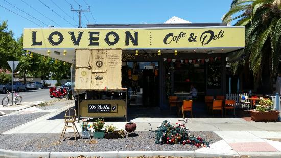 Loveon Cafe - Pubs Perth