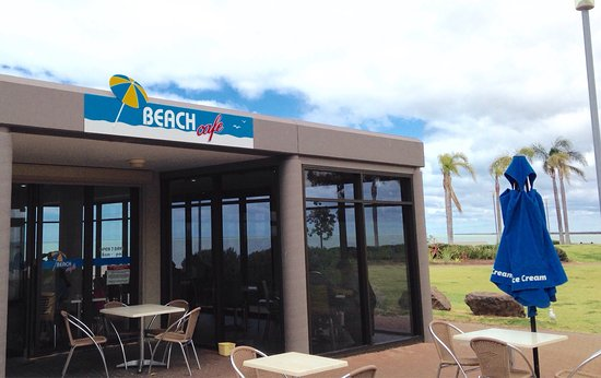 Beach Cafe - Pubs Perth