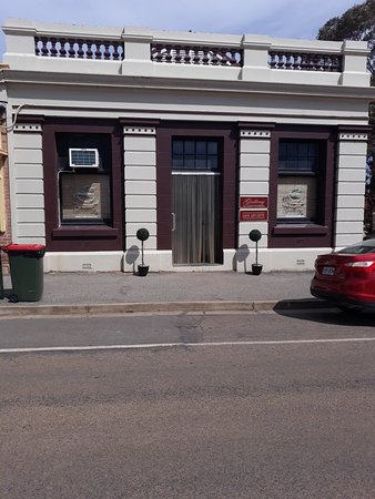 Gallery 14 - Pubs Perth